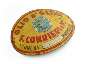label from olive oil can