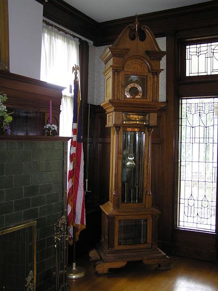 dining room floor clock
