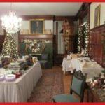 mistletoe magic dinner table