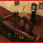 mistletoe magic stairway