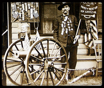 photo of Joe Trax with his Custer Cannon